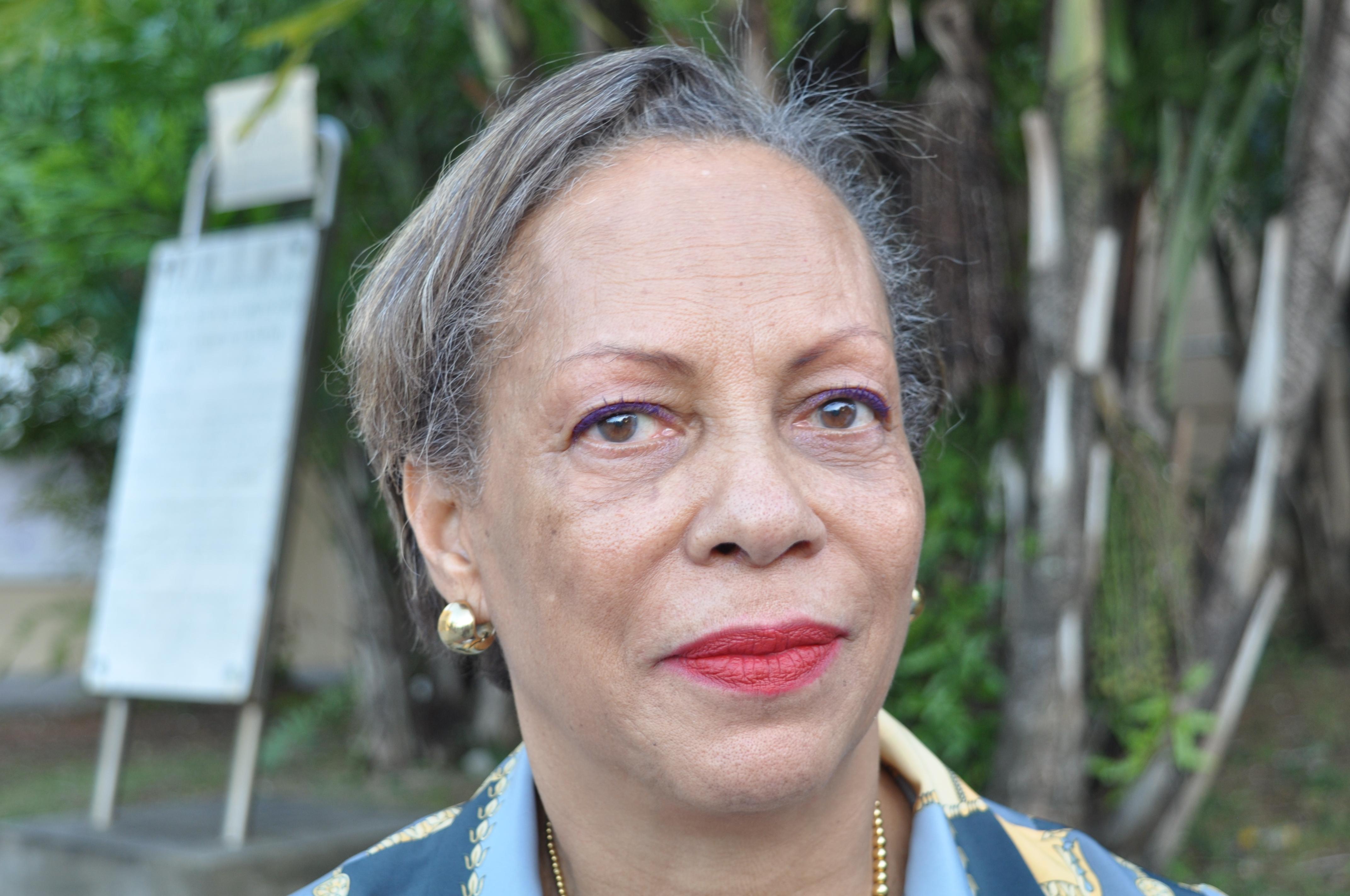 Maître Jacqueline RENIA